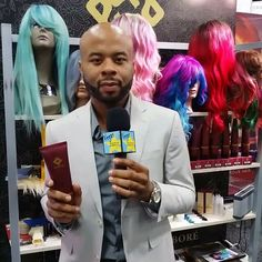 Celebrity Platform Artist Michael A. Pringle, II talking trendsetting, vibrant colors! @MichaelPringle #Hair #PlatformArtist #Color #BrandAmbassador #FashionColor #fashionstyle #celebritystylist www.MichaelAPringle.com