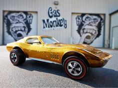Gas Monkey Garage needed to add some power to their latest creation, so they called on Holley and Weiand to help them out. Gas Monkey Garage, Hot Wheels Cars, Corvette, Classic Cars, Men Fashion, Nova, Trucks, Big, Projects