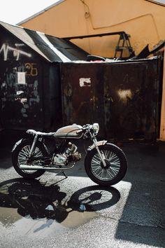 My cafe racer, hand-built from Honda 67 replica (moped-Alpha). Handbuilt by @ radaevphoto