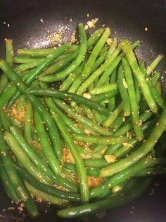Asian Sesame Sautéed Green Beans