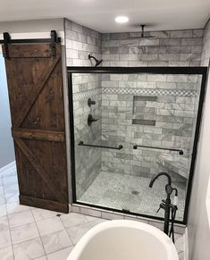 Bathroom Decor on a budget Impressive Master Bathroom Remodel Ideas : Before amp; After Images Master Bathroom Remodel : Designs, Tips, amp; Ideas Baños, Decor Ideas, Decorating Ideas, Douche Design, Bathroom Images, Bathroom Ideas, Design Bathroom, Shower Ideas, Bathroom Organization