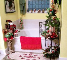 cute bathroom decorating ideas for christmas 2014 family holiday - Christmas Bathroom Decor Ideas