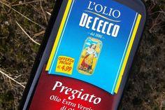 🚜 Da olive italiane, confezionato in Italia 🏭 Pregiato De Cecco, 💯 % Italiano 🇮🇹 ❤️ #ItaliaVerace #food Condividi con noi 🇮🇹 ❤️