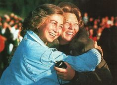 spanishroyals:  Queen Sofía of Spain and Queen Beatrix of the Netherlands.