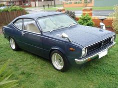 Classic Car News Pics And Videos From Around The World Toyota Cars, Toyota Hilux, Toyota Corolla, Classic Japanese Cars, Old Classic Cars, Corolla Ke30, Motor Car, Motor Vehicle, Cute Car Accessories