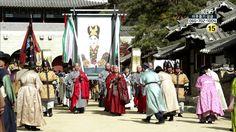 노국대장공주의 영정을 모신 행렬♡♡Jeong Do-jeon(Hangul:정도전) is a 2014South Korean television seriesstarringCho Jae-hyunin the title role asJeong Do-jeon, a real-life historical figure (1342-1398) who was one of the most powerful scholars and politicians of his time and a close supporter ofKing Taejo, the founder of theJoseon Dynasty.[