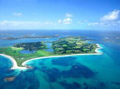 Isles of Scilly island England United Kingdom Complete Information Stonehenge, Tresco Abbey Gardens, Scilly Island, European Holidays, Island Resort, Beautiful Islands, Beautiful Beaches, Holiday Destinations, Vacation Destinations