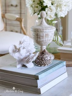 The Basics of Coffee Table Styling - Shades of Blue Interiors Console Table Styling, Coffee Table Styling, Coffee Table Books, Decorating Coffee Tables, Coffee Table Design, Living Room Candles, Living Rooms, Rustic Bowls, White Tray