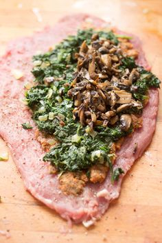 Spinach and Italian Sausage Stuffed Pork Tenderloin (pssssst… it's wrapped in bacon, too!) Spinach and Italian Sausage Stuffed Pork Tenderloin Pork Tenderloin Recipes, Pork Recipes, Cooking Recipes, Healthy Recipes, Pork Loin, Healthy Meals, Healthy Food, Cooking Kale, Cooking Steak