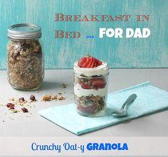 Crunchy Oat-y Granola via MealMakeoverMoms.com/kitchen #FathersDay #parfait #breakfast #granola #canolaoil