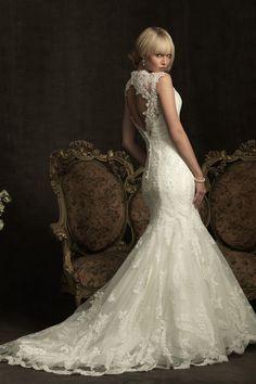 wedding dresses/Spitze Meerjungfrau V-Ausschnitt Kapelle Schleppe volle länge ärmelloses Brautkleid