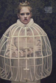 opera fashion couture maria callas - Google Search... am I the only one who thinks this looks like something out of an asylum, or something?
