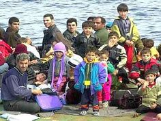 Crotone, orrore sul barcone: bimba piangeva, scafisti minacciarono di gettarla in mare. Arrestati