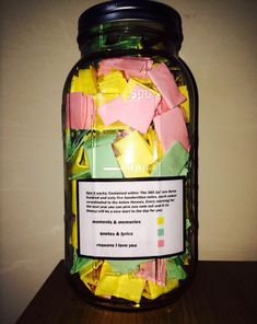 Love Notes 365 Days Gift — This reddit user wrote 365 different love notes for his girlfriend of 8 years and put them in a bog mason jar so that she's have one to open and read for every day of the year. He said that she cried tears of joy when she received his gift! The most adorable thing is that the notes are color-coded – yellow for memories, pink for the reasons he loves her, and green for meaningful quotes and lyrics. This is just super cute. ^^