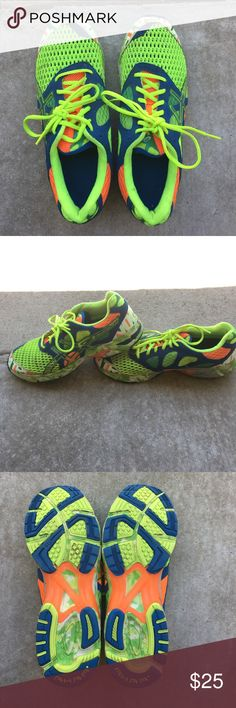 Asics Gel Noosa Tri-7 men's running shoe Practically brand new! Gently used. Maybe 7 miles in them. GLOW in the dark Asics Shoes Athletic Shoes