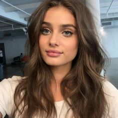 She's so naturally beautiful. #makeuplookseveryday