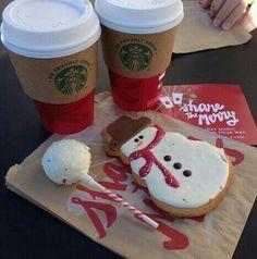 Starbucks christmas treats and drinks Christmas Feeling, Christmas Time Is Here, Merry Little Christmas, Cozy Christmas, Christmas Treats, Christmas Cookies, Vector Christmas, Chocolate Navidad, Bebidas Do Starbucks