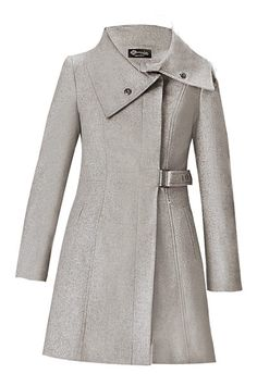 Love the style of this coat especially the collar