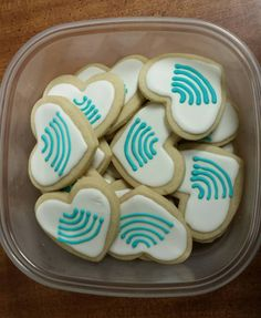 Ultrasound wave cookies. Ultrasound Humor, Ultrasound School, Ultrasound Physics, Ultrasound Sonography, Ultrasound Technician, Sonographer Gifts, Bake Sale Treats, College Grad Gifts, Baby Shower Snacks