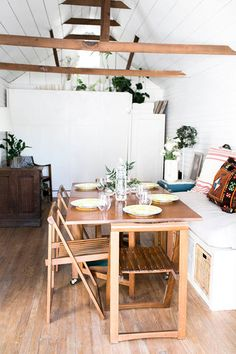 berkeley bungalow dining area with exposed wood beams / sfgirlbybay