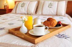 Come aprire un bed and breakfast affittacamere o casa vacanze. Adattare la propria casa a struttura ricettiva per turisti può rivelarsi un extra reddito