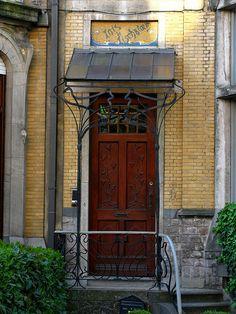 Art Nouveau door, Zurenborg, Antwerp   Flickr: Intercambio de fotos