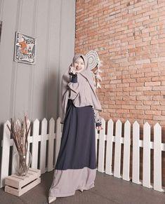 @adindaamiraa Ootd Hijab, Hijab Dress, Dress Outfits, Dresses, Hijabi Girl, Girl Hijab, Fashion Mumblr, Hijab Fashion, Hijab Office