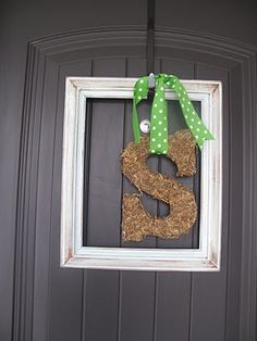 Spring Door Decor~DIY    Could do a green moss as well.