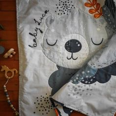 Woodland baby quilt Bear stroller quilt Bear Nursery   Etsy Woodland Nursery Boy, Bear Nursery, Woodland Baby, Patchwork Baby, Baby Boy Quilts, Custom Quilts, Newborn Gifts, Nursery Themes, New Baby Gifts