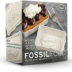 This Fossil Food Cake Mold will make your dessert even more fun! The Dinosaur Fossil Cake mold measures 2 inches and features an archaeological expedition in every serving!