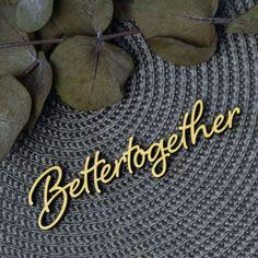 """Der 3D Schriftzug """"Better together"""" – ein ganz individuelles Geschenk für einen besonderen Menschen in Deinem Leben, ein persönliches Dekorationsstatement oder einfach ein schöner Spruch. Wood Letters, Better Together, Statements, Wooden Signs, Decorative Items, Unique Gifts, Etsy Shop, 3d, Creative"""