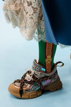 38 пар обуви на неделе моды в Милане (фото 19)