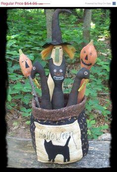 Primitive Halloween Bucket