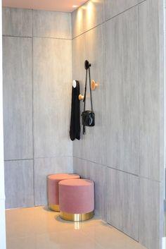 Painel portas mimetizadas cinza e rosa Decor, Pink Grey, Dashboards, Doors, Decoration, Decorating, Deco