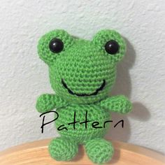Crochet Frog Pattern Frog Amigurumi Frog by HcubedCrochetDesigns