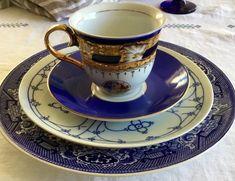 Dinnerware Place Setting Cobalt Blue White Gold Gilt Vintage Mismatch Cottage Dinner Plate cup Saucer Salad Plate Diy Caravan, Timeless Kitchen, Blue And White, White Gold, Place Settings, Cobalt Blue, Dinner Plates, Cup And Saucer, Dinnerware