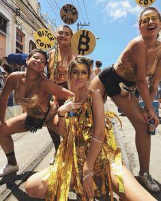 Sieht inkravveis para o Carnaval - Rio Magazine, Carnival Outfits, Carnival Costumes, Diy Carnaval Fantasia, Fantasy Party, Brazil Carnival, Last Minute Costumes, Street Dance, Halloween Disfraces, Festival Looks