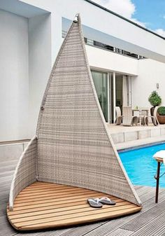 Outdoor Shower Inspired by Sailing Fun and Airy Beach-Style Outdoor Living Design Ideas For Your Backyard Outdoor Spaces, Outdoor Living, Outdoor Decor, Outdoor Pool, Outside Showers, Outdoor Showers, Garden Shower, Pool Shower, Outdoor Bathrooms