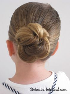 Loopy Bun Hairstyle. Mine, of course, didn't look quite so sleek and polished,but still turned out pretty cute and M liked it!