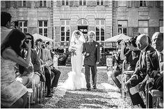 Dsetination wedding    Image by Simon Cassanas Photographie, read more http://www.frenchweddingstyle.com/wedding-a-la-francaise-paris/