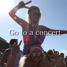 Mhmm(: Lana Del Rey, Kanye West, Kendrick Lamar, Childish Gambino, Rhianna ! Yessss boo && also Rave Concerts TURNUP !!