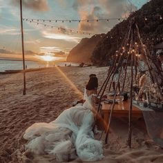 @thegreylayers #GLCouture #GaliaLahav #vakkowedding #bridal Bali Wedding, Destination Wedding, Wedding Goals, Wedding Things, Wedding Reception, Wedding Stuff, Wedding Planner, Dream Wedding, Beach Dinner