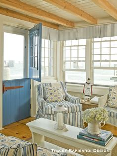 Casual Costal Chic- Nantucket Harbor Cottage