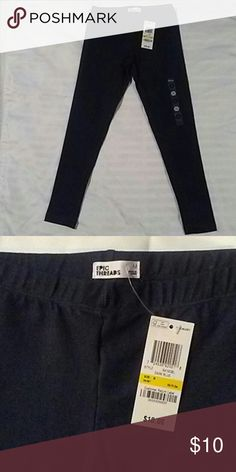Girls Dark Blue Leggings Dark blue Leggings by Epic Threads. Elestic waist band. Great for pairing with a high low short or a basic sweater. My daughter lives in these types of leggings. Never worn. Brand new. Epic Threads Pants Leggings