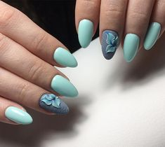 Nail art Christmas - the festive spirit on the nails. Over 70 creative ideas and tutorials - My Nails Almond Nail Art, Almond Nails, Giada De Laurentiis, Blue Nails, My Nails, Nail Art Designs, Nails Design, Turquoise Nail Art, Manicure