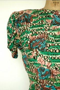 Vintage 1940s Silk Floral Dress Vintage Day Dress in Clothing, Shoes & Accessories, Vintage, Women's Vintage Clothing, 1939-46 (WWII), Dresses | eBay