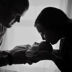 DIY newborn photography - hang a sheer curtain over a window to create soft light for beautiful silhouettes. #babyphotography  {Photo by Leah Benedict}