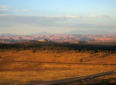 Pix to Words High Ground, Canyonlands National Park, Moab Utah, Atoms, Travelogue, Roads, Dawn, Amber, Sunrise