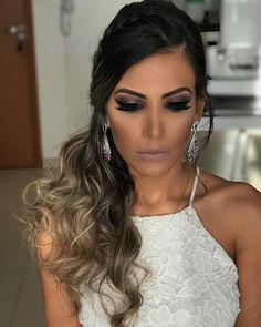Cabelo blue color schemes for websites - Blue Things Hair Lights, Light Hair, Wedding Hairstyles For Medium Hair, Pretty Hairstyles, Medium Hair Styles, Short Hair Styles, Finger Wave Hair, How To Make Hair, Love Hair