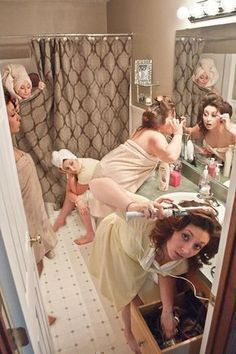 funny wedding photo idea that getting ready the morning of wedding day #funnyweddingphotos